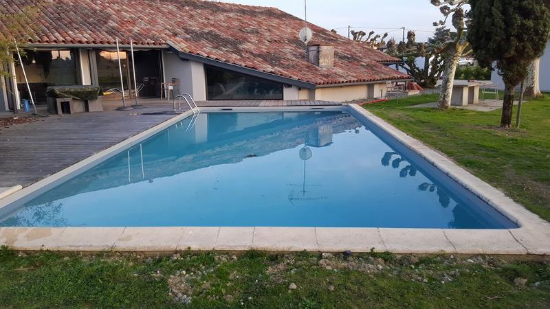 Le remplissage est terminé, la piscine est opérationnelle pour les beaux jours